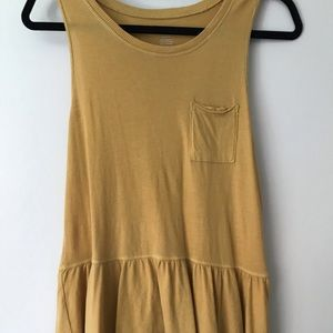 Yellow American eagle tank